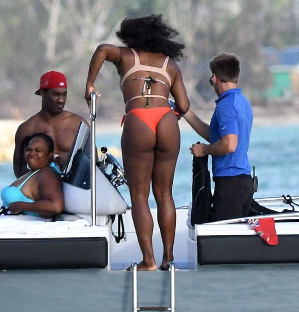 serena williams plajaserena williams plaja