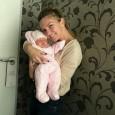 Simona Halep a avut azi parte de o surpriză: a fost vizitată de nepoţica ei, pe care a văzut-o pentru prima dată de când s-a născut. După cum se vede...