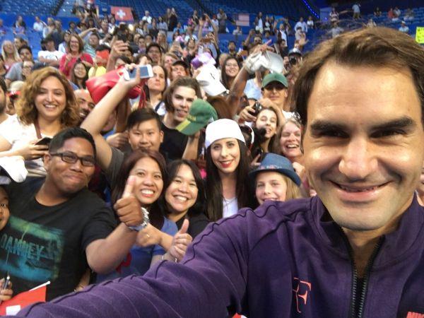 roger federer antrenament perth selfie