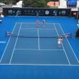 Finala câștigată de Raluca Olaru și Olga Savchuk la Hobart a avut parte de un moment inedit chiar în startul ei. După primul serviciu, fileul a cedat, astfel că a...