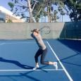 Rusoaica Maria Sharapova va reveni pe teren pe 26 aprilie și vrea să nu se facă de râs. Așa că a început antrenamentele. După cum se vede din cele două...