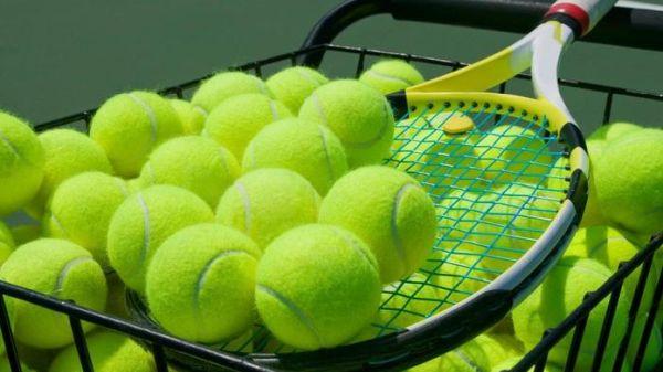 mingi tenis