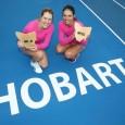 Raluca Olaru a deschis drumul succeselor românești din acest an în tenisul profesionist. Raluca Olaru și ucraineanca Olga Savchuk au învins în finala probei de dublu din cadrul turneului WTA...