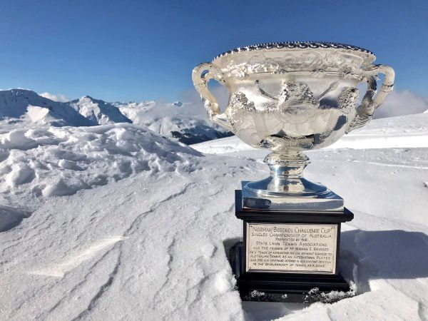 federer trofeu australian open zapada