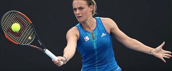 Vești foarte bune de la Roland Garros, acolo unde Ana Bogdan a reușit să se califice în premieră pe tabloul principal. Ana Bogdan a învins-o azi, cu scorul de 6-4,...