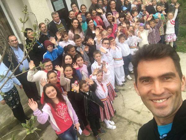 Horia Tecau UNICEF vizita copii bacau