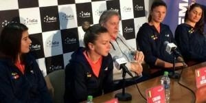 La Mamaia a avut loc azi conferinţa de presă obligatorie a componentelor echipei de Fed Cup a României, înaintea meciului cu Marea Britanie, din barajul de menţinere în Grupa Mondială...
