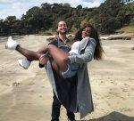 FOTO: Serena Williams se simte bine în vacanță, în brațele logodnicului