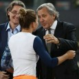 Ion Ţiriac, organizatorul turneului de la Madrid, i-a răspuns azi preşedintelui WTA, Steve Simon, care a criticat prezenţa lui Ilie Năstase la ceremonia de premiere a competiţiei feminin. De asemenea,...