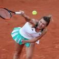 Simona Halep s-a calificat joi în turul al treilea al turneului de la Roland Garros, după victoria cu 6-4, 6-3 obținută în fața nemțoaicei Tatjana Maria. La finalul partidei, Smona...