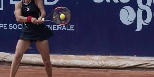 Ziua de vineri va fi una foarte interesantă la BRD Bucharest Open. Trei din cele patru sferturi de finală vor avea printre protagoniste câte o româncă. Irina Begu, Ana Bogdan...