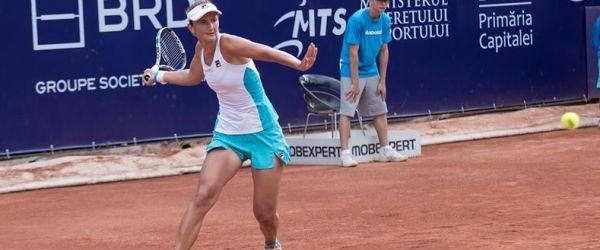Toate cele trei românce de pe tabloul principal al turneului WTA de la Bastad au fost eliminate în primul tur. Irina Begu, campioana de duminică de la Bucureşti, a resimţit...