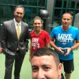 Simona Halep are azi o zi mai lejeră la Wimbledon așa că și-a permis luxul de a posta o fotografie cu echipa ei. După cum vedeți, Darren Cahill este la...