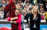 Simona Halep termină anul 2017 pe locul 1 în WTA! Caroline Wozniacki a eliminat-o pe Pliskova la Singapore