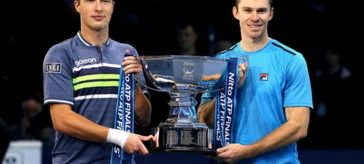 kontinen peers turneul campionilor dublu