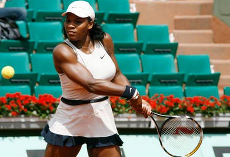 Serena Williams în echipamentul purtat la Roland Garros 2008