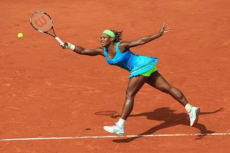 Serena Williams în echipamentul purtat la Roland Garros 2010