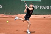 Simona Halep, in timpul ultimului antrenament la Roland Garros