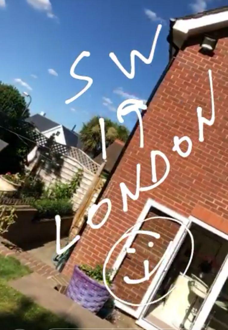 Simona Halep are casa in Londra. In curte se află două șezlonguri