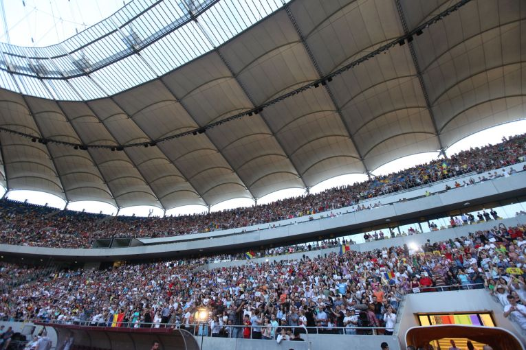 Fanii romani au venit sa o aclame pe Simona Halep pe Arena Nationala