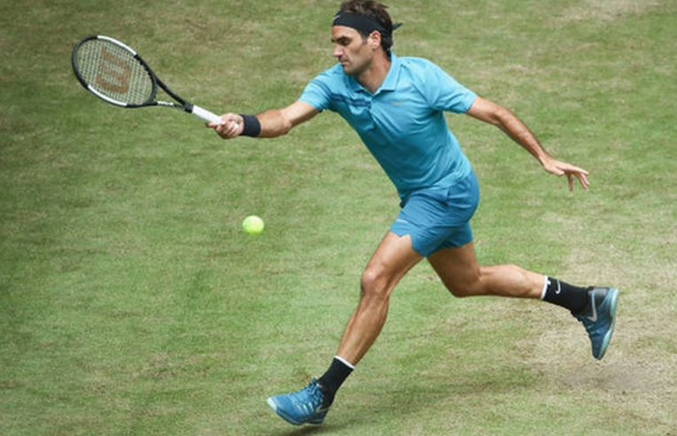 Roger Federer s-a calificat in sferturile de finala la Halle 2018
