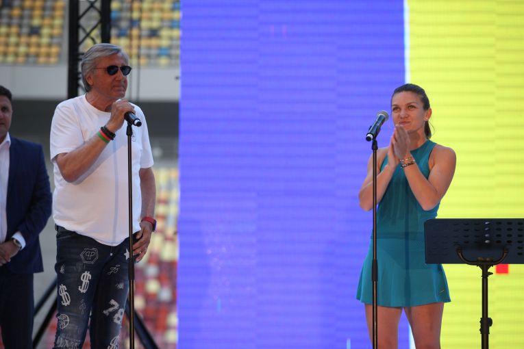 Ilie Năstase a urcat alături de Simona Halep pe scena instalată pe gazonul Arenei Nationale