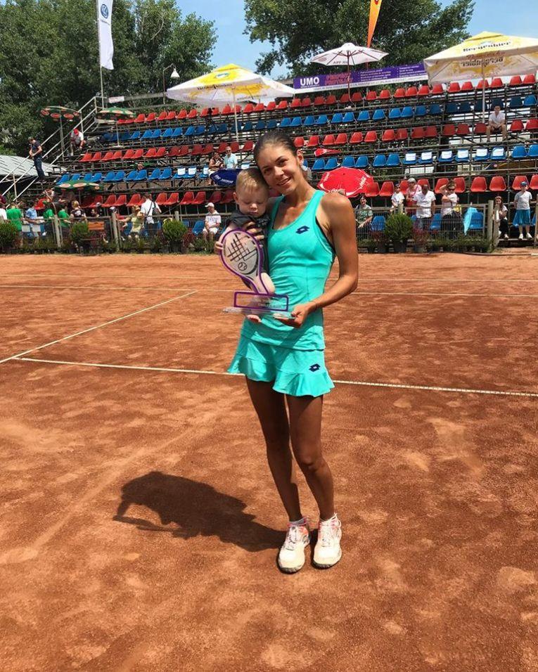 Andreea Mitu a cucerit primul trofeu dupa ce a devenit mama
