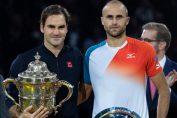 Marius Copil, alaturi de Roger Federer, la festivitatea de premiere de la Basel