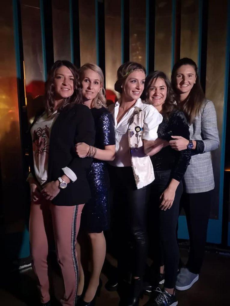 Alexandra Dulgheru, Irina Begu, Monica Niculescu, Ana Bogdan si Alina Tecșor la concertul Andrei din Fratelli