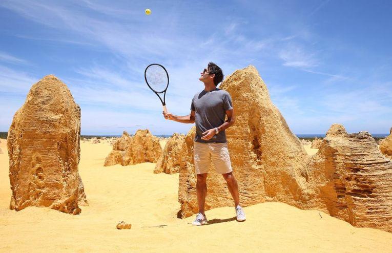 Roger Federer a jucat tenis in desertul australian la Cupa Hopman