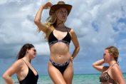 Eugenie Bouchard, sexy pe plajă