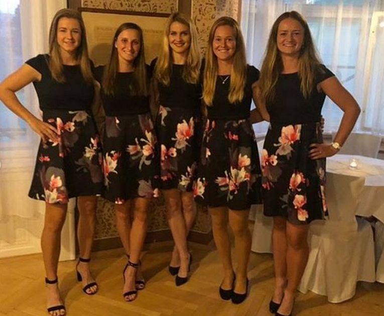 Echipa de Fed Cup a Cehiei la dineul oficial
