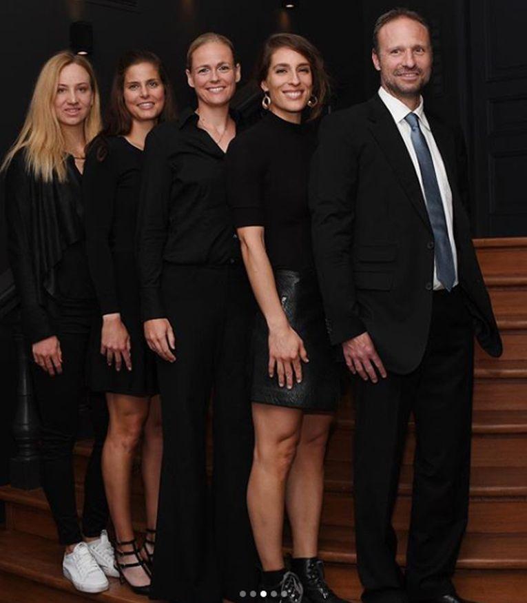 Echipa de Fed Cup a Germaniei la dineul oficial din letonia