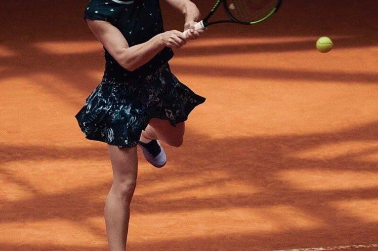 Simona Halep, în echipamentul pe care îl va purta la Roland Garros 2019