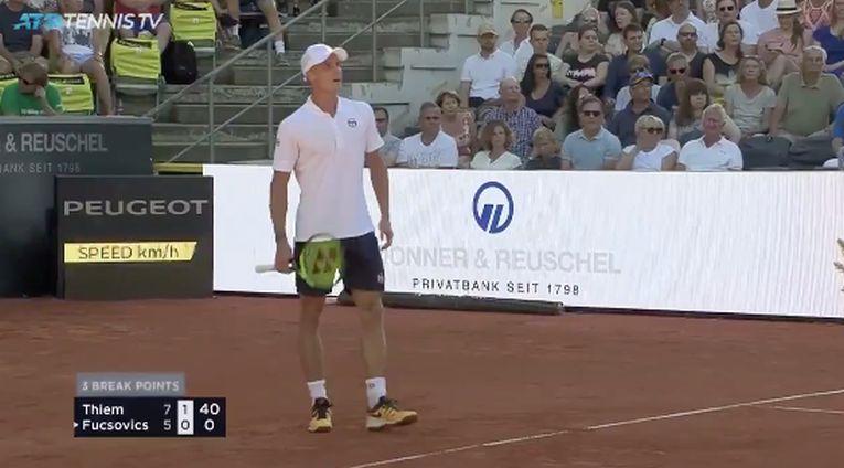 Marton Fucsovics a servit de jos la Hamburg