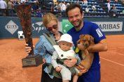 Florin Mergea, cu familia și trofeul cucerit la Sopot