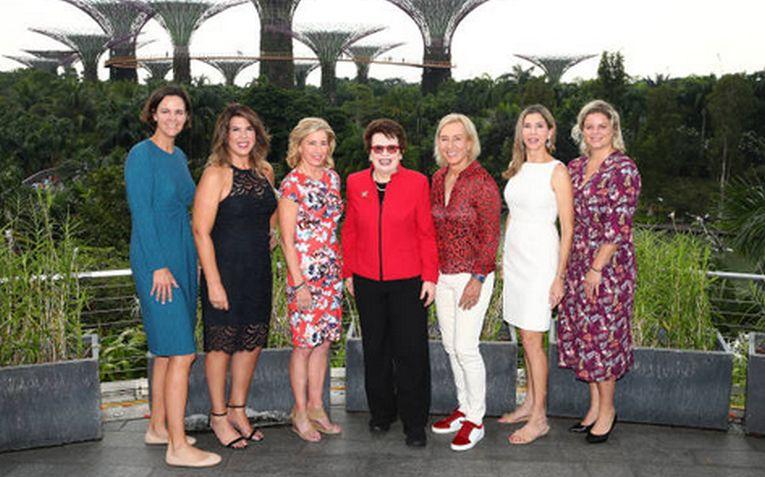 Kim Clijsters, alături de alte legende
