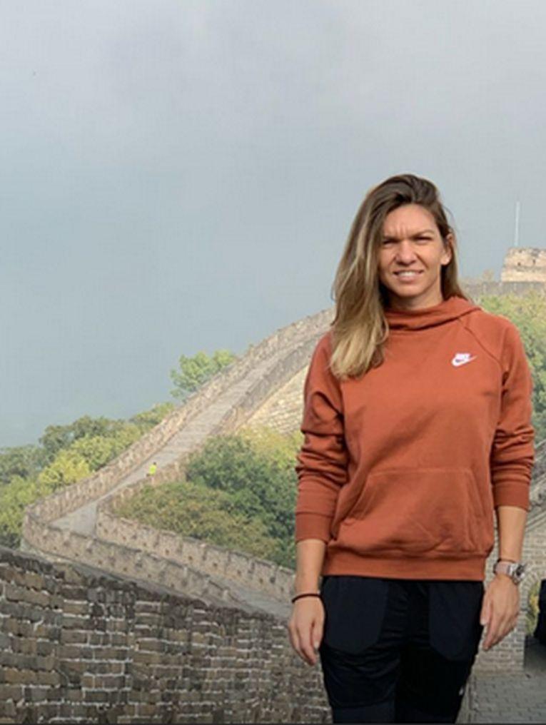 Simona Halep și-a aniversat împlinirea a 28 de ani pe Marele Zid Chinezesc