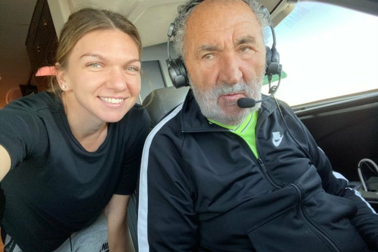Simona Halep, alături de Ion Țiriac, care a pilotat propriul avion spre Cluj