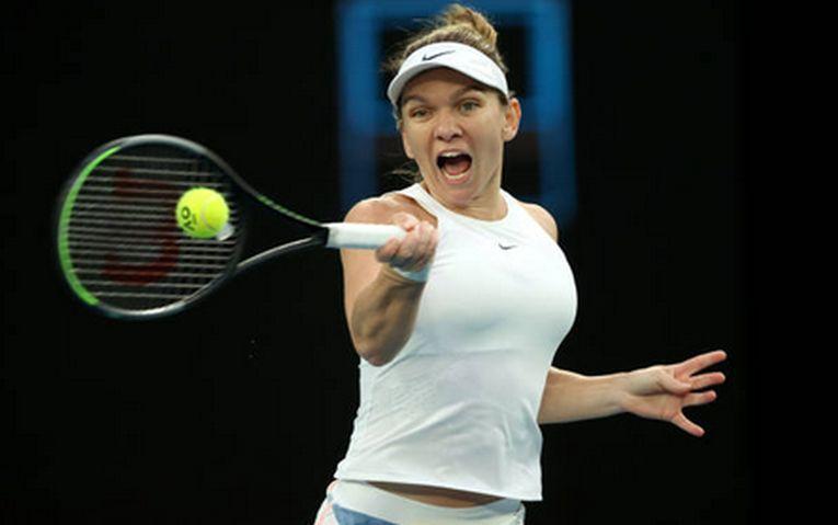 Simona Halep în acțiune la Australian Open 2020, în turul secund