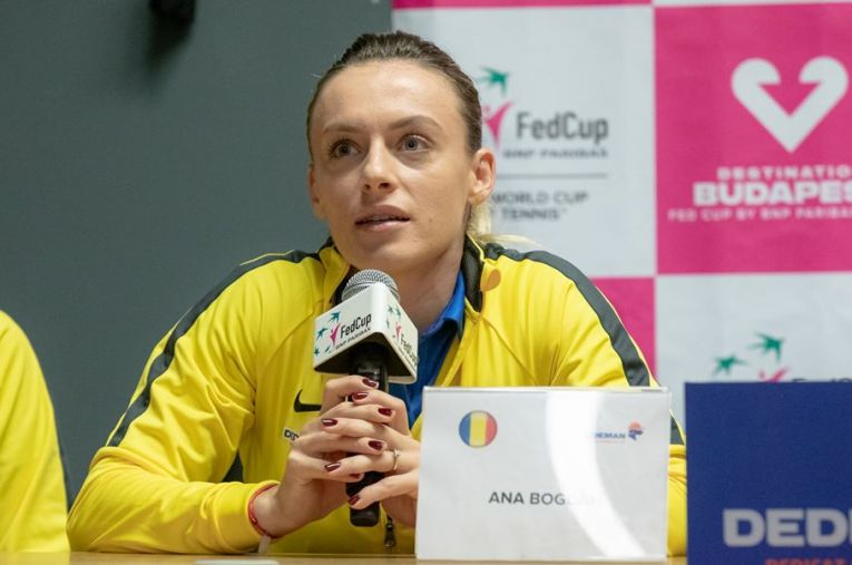 Ana Bogdan la conferința de presă a echipei de Fed Cup a României înaintea meciului cu Rusia