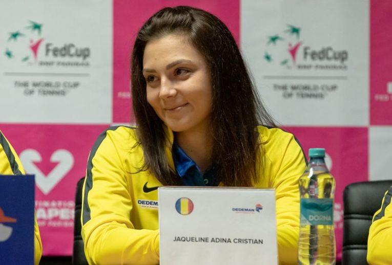 Jaqueline Cristian la conferința de presă a echipei de Fed Cup a României înaintea meciului cu Rusia
