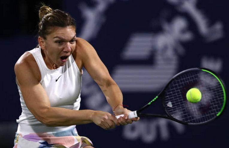 Simona Halep în acțiune la turneul WTA Dubai 2020