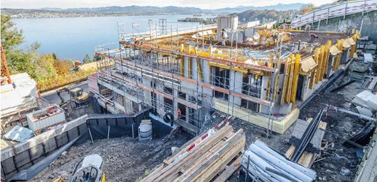 Construcția clădirii cu trei etaje s-a încheiat în anul 2012
