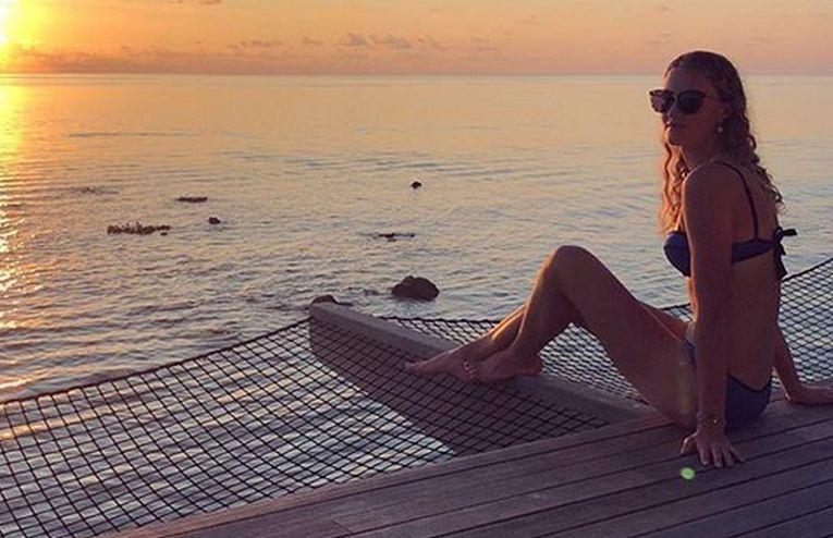 Kristina Mladenovic la plajă