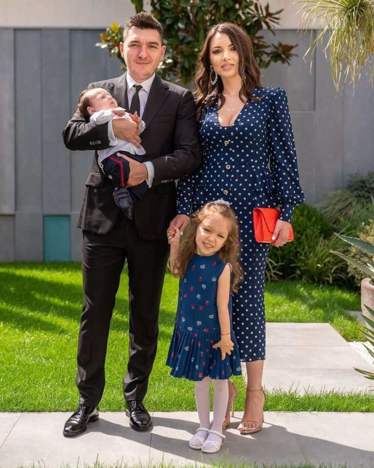 Nicolae și Luminița Halep, alături de cei doi copii, Stere și Tania