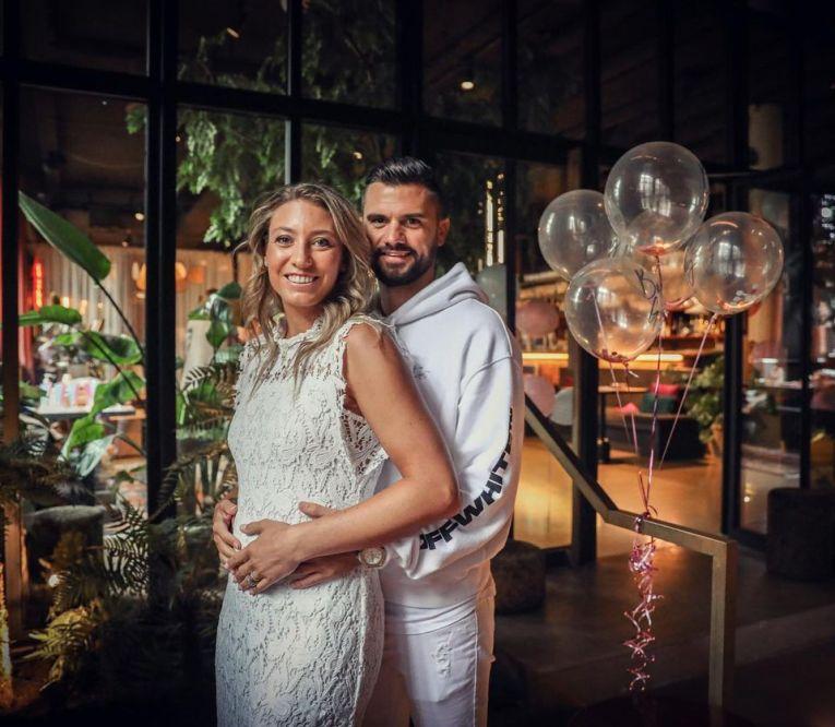 Yanina Wickmayer si sotul ei asteaptă primul copil