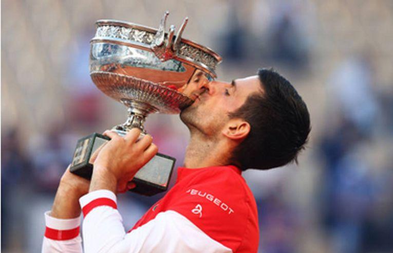 Novak Djokovic a cucerit pentru a doua oară titlul la Roland Garros