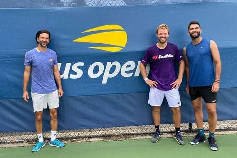 Horia Tecău și Kevin Krawietz, alături de antrenorul lor, Julien Knowle, la US Open 2021