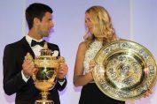 Novak Djokovic și Petra Kvitova cu trofeele de la Wimbledon